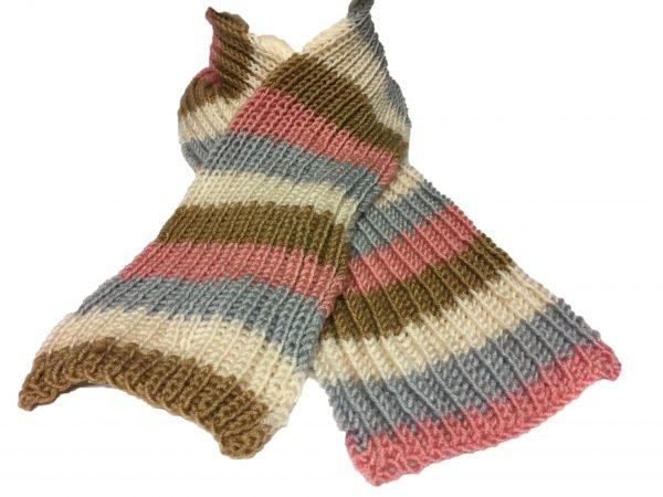 Schal gestrickt Handarbeitseckle