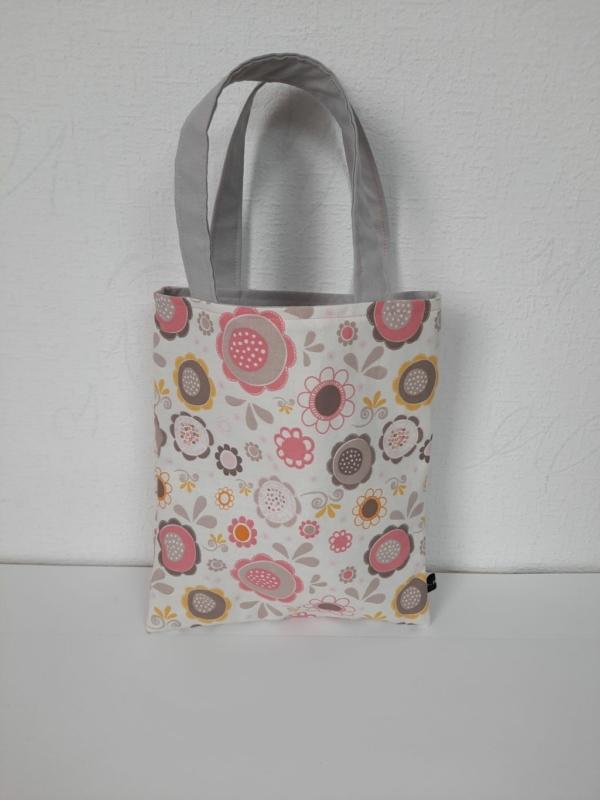 Tasche, gefüttert, Handarbeitseckle